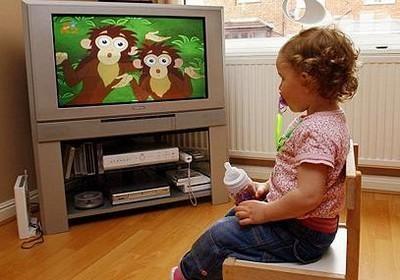loi-ich-khi-tre-xem-TV-dung-cach 1