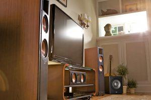 Loa JBL Studio SUB 260P trong bo dan