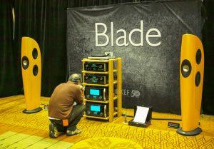 Loa Kef Blade