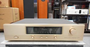 pre ampli Accuphase C-37 chuan