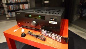 Ampli Arcam FMJ AV860 hay