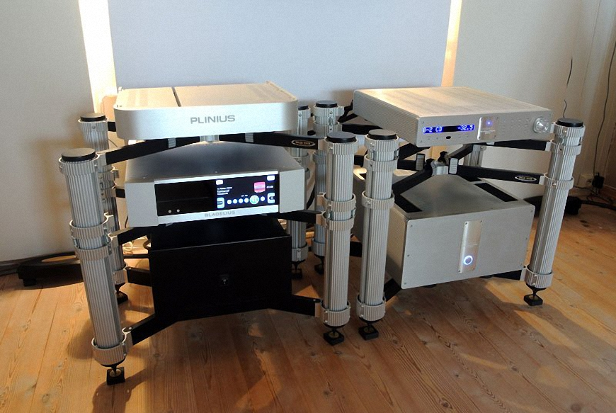 Phono Stages preamp Plinius Koru