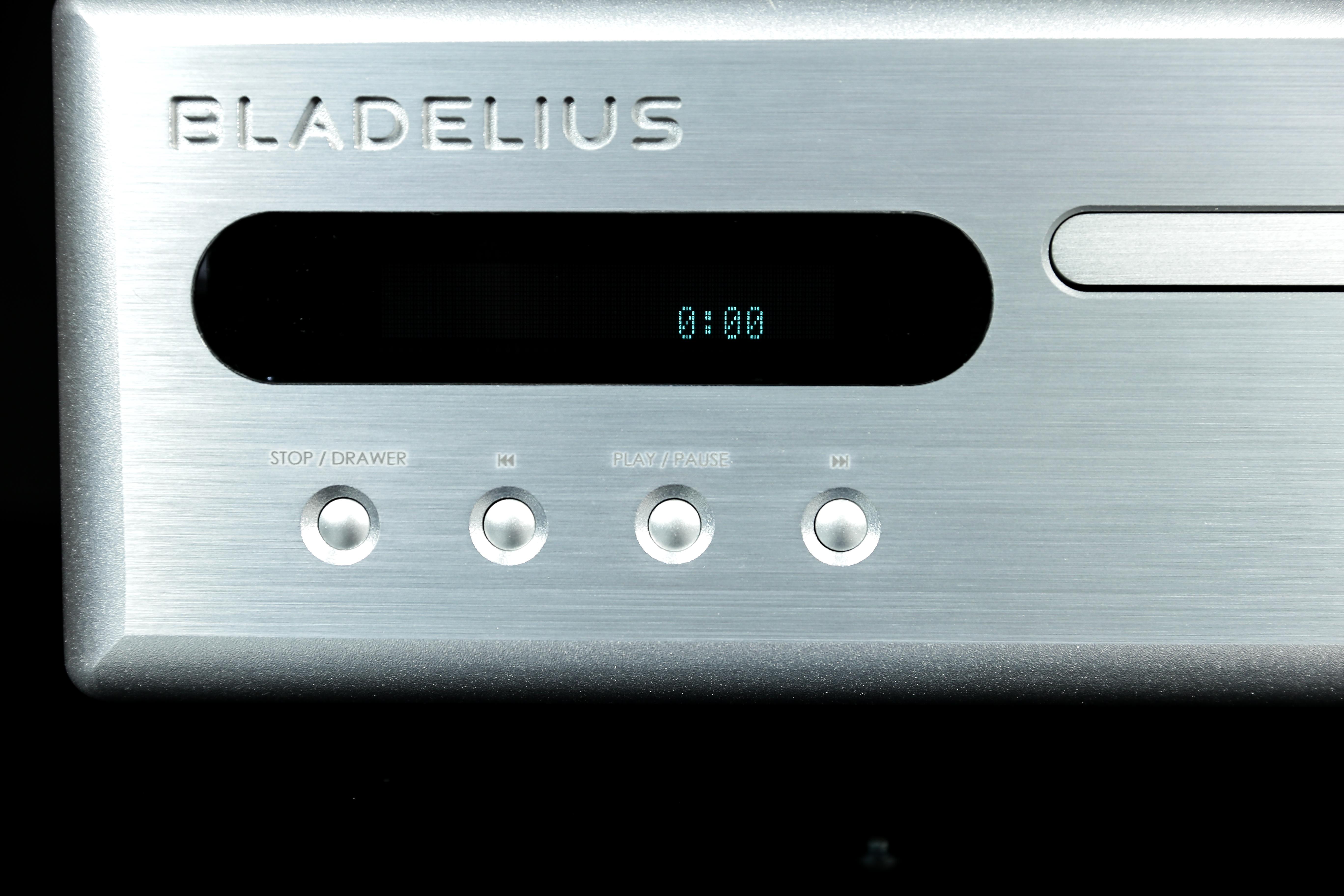 dau CD/SACD Bladelius Gondul M Mk.IIII can canh