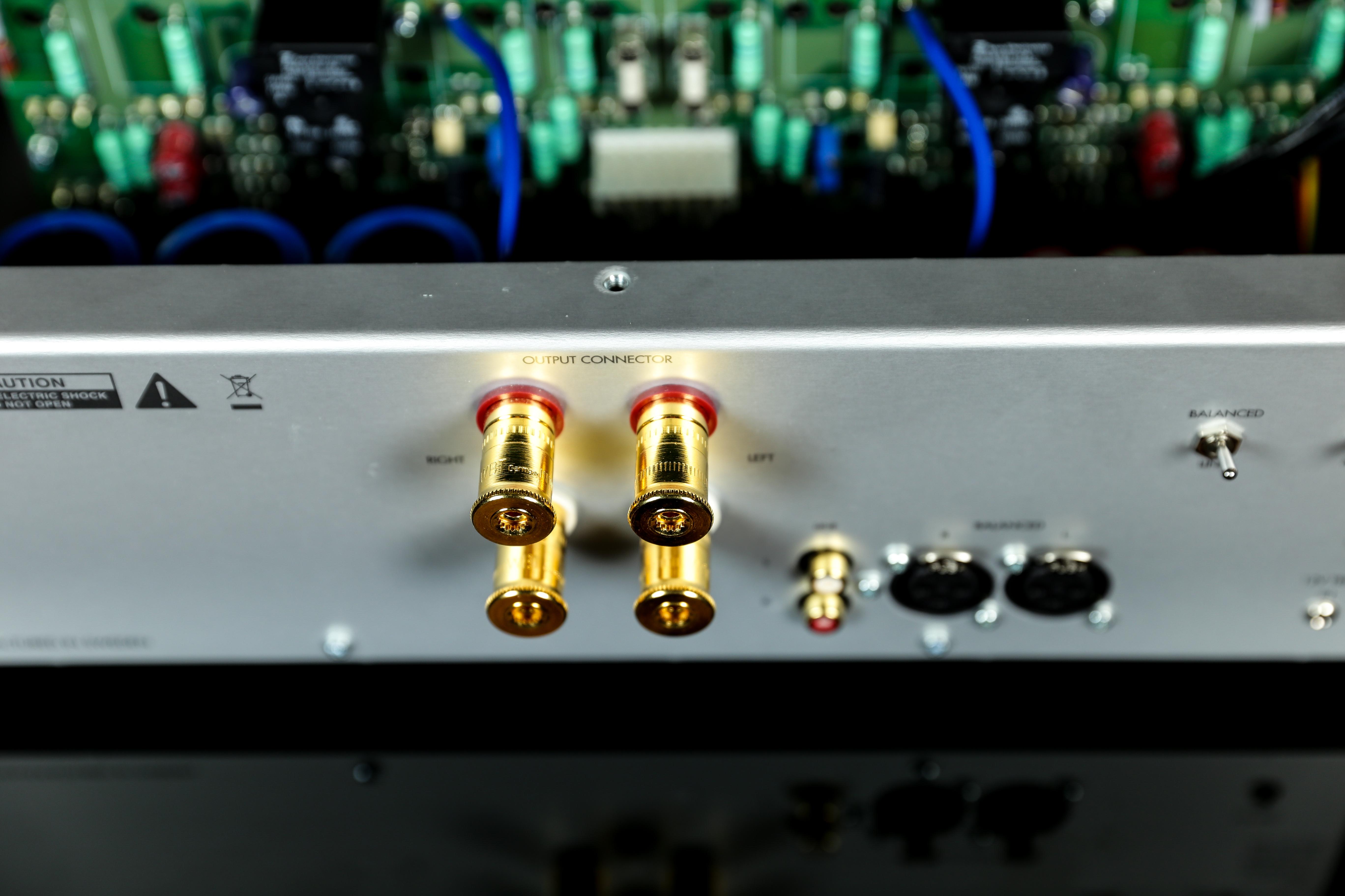 power ampli Bladelius Ask mat sau