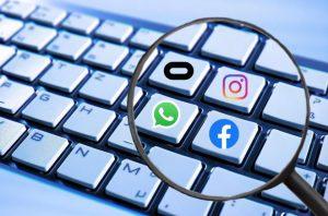 facebook tai trien lam ces